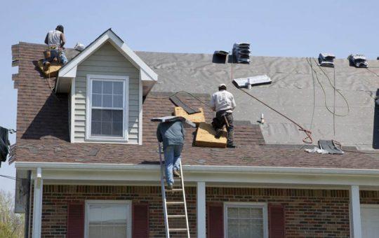 Distinguishing Between Different Roofing Materials